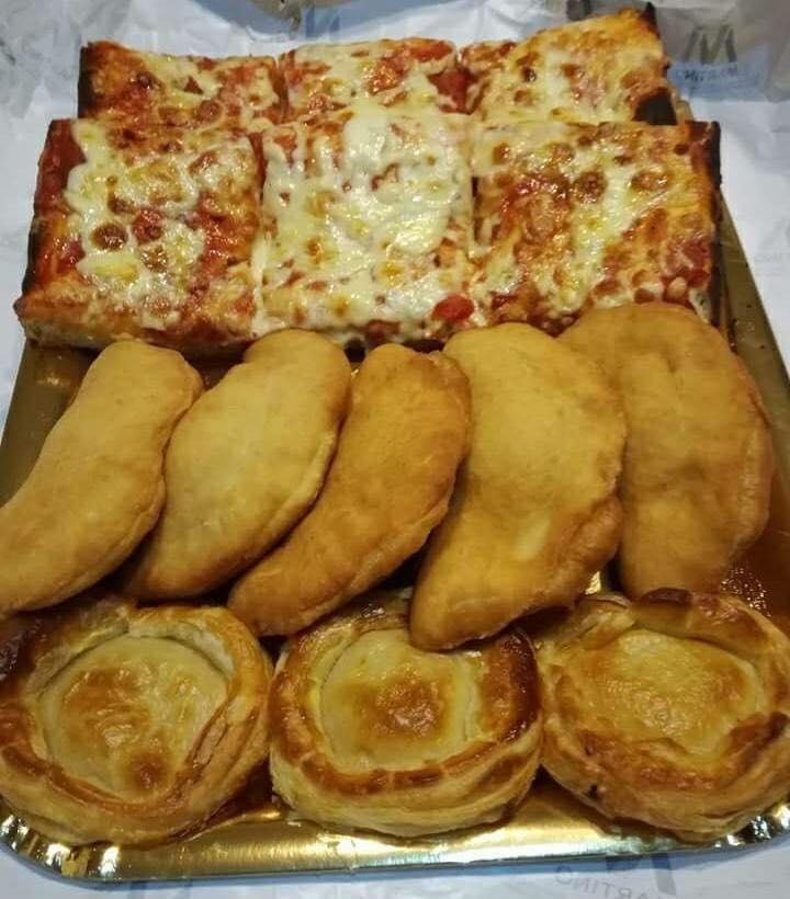 Pizzella, Rustico o Calzone: quale fra queste tre delizie salentine preferite?