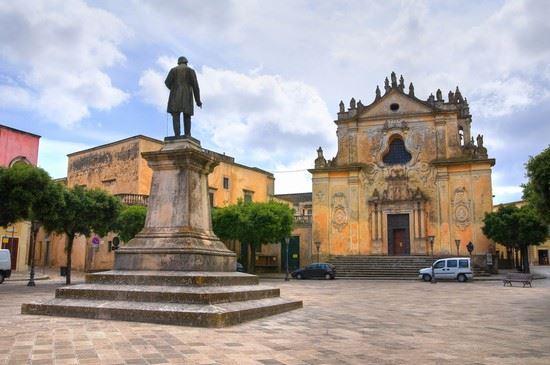 I monumenti della città di Tricase e la sua storia