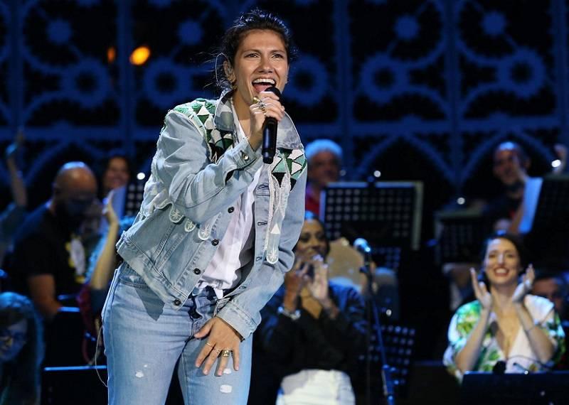 "Elisa canta ""Aremu"" al Concertone di Melpignano - Notte della Taranta 2019"