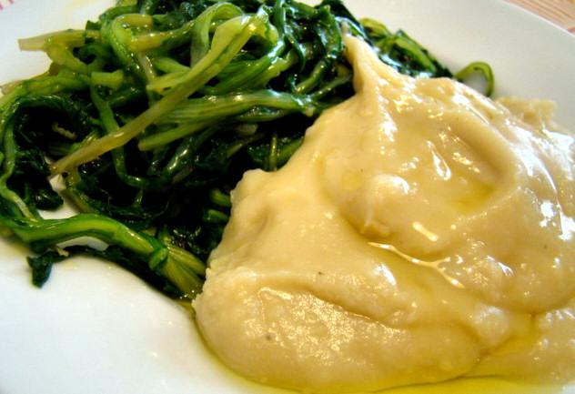 la ricetta salentina della Purea di fave e cicorielle