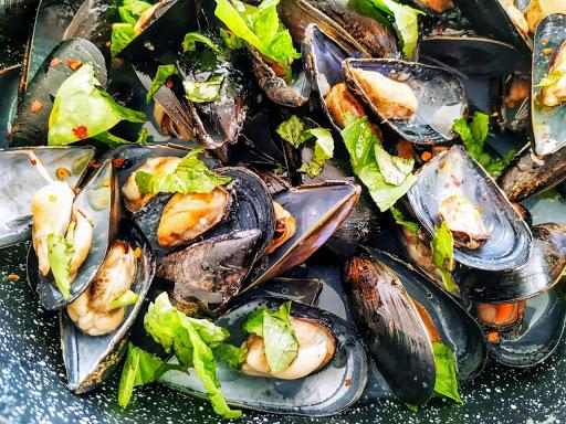 COZZE ALLA VAMPA: pietanza tipica dal mare del Salento