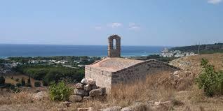 l'abbazia di San Mauro a Sannicola, nei pressi di Gallipoli