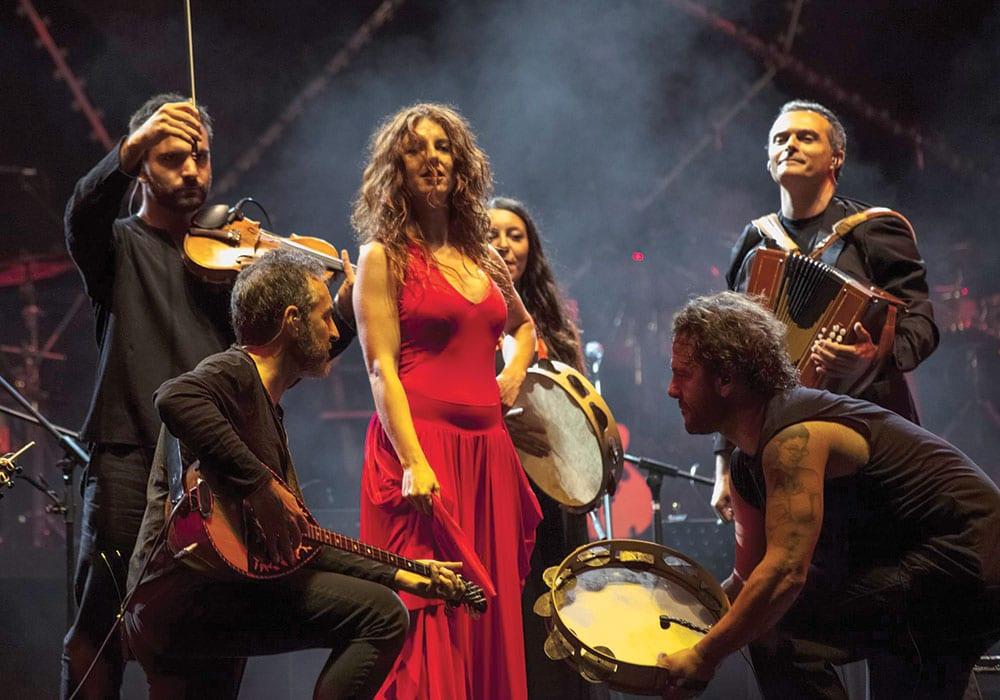 Festival della Notte della Taranta 2021 a UGENTO - CANZONIERE GRECANICO SALENTINO